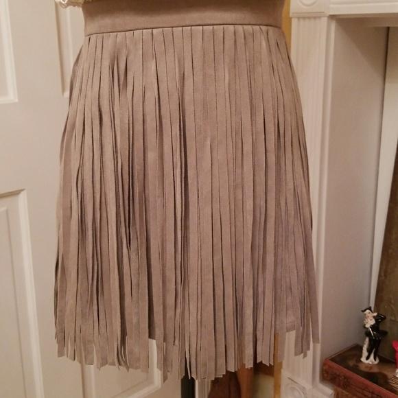 BB Dakota Dresses & Skirts - BB Dakota Faux Suede Fringe Skirt